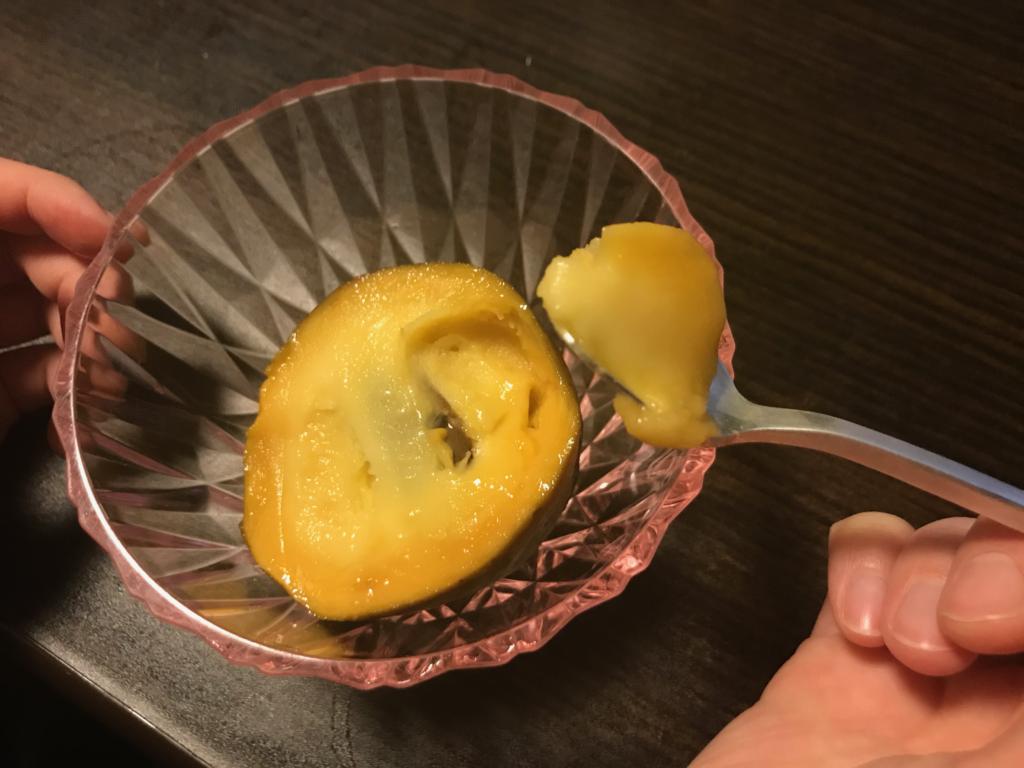 これはご高齢の方でも食べれそう!南国フルーツの様なポポー
