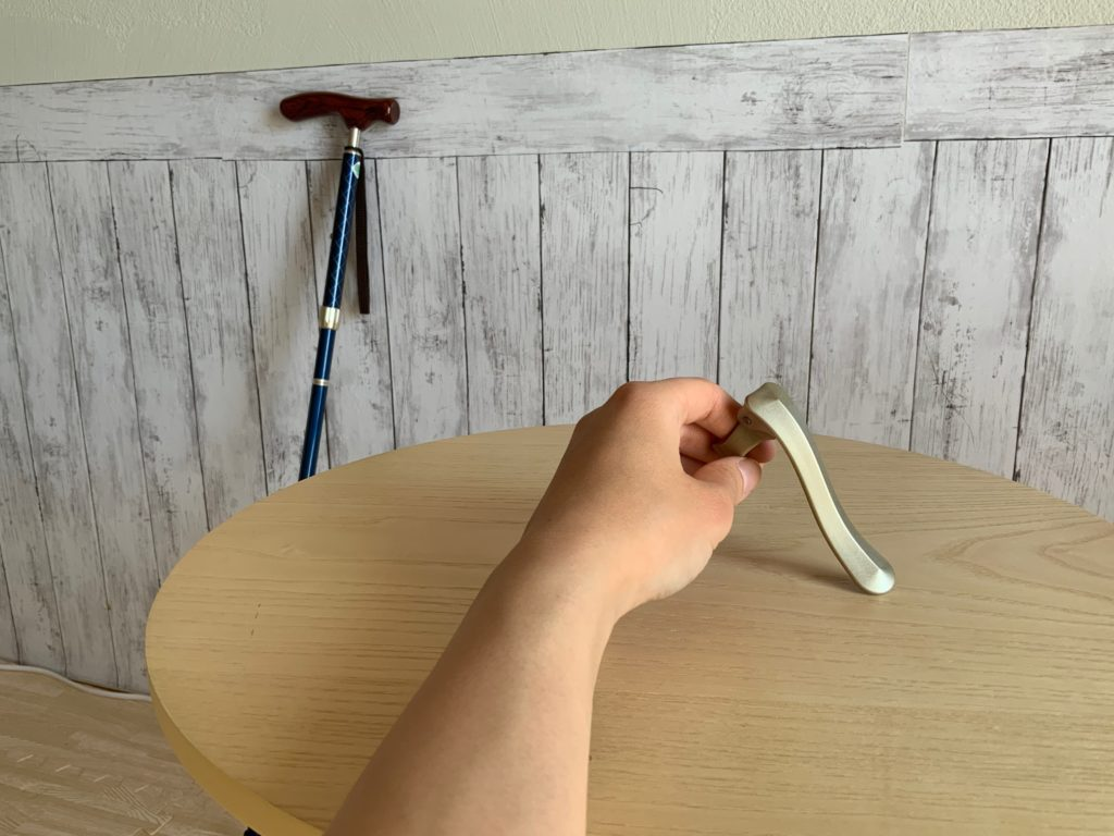 杖フック(フラミンゴの羽)の写真